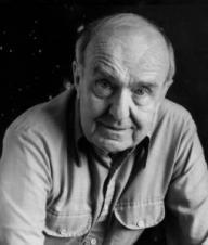 Alan Sandage (1926 —2010) considerado por vários orgãos internacionais como um dos maiores físicos do século XX.
